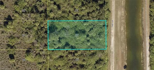 1511 Hines Avenue, Lehigh Acres, FL 33972 (MLS #221074322) :: Medway Realty