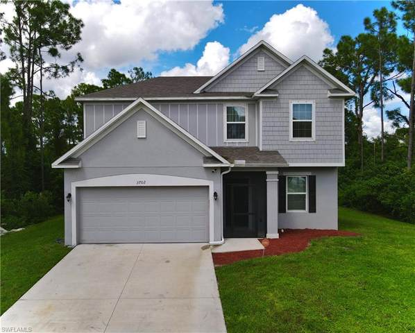3702 3rd Street SW, Lehigh Acres, FL 33976 (MLS #221074889) :: Medway Realty