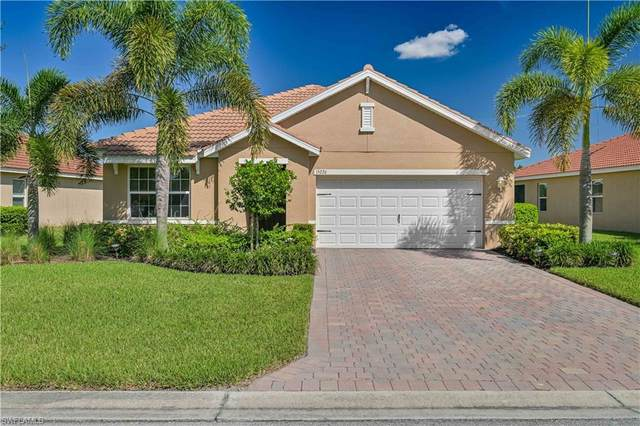 15226 Yellow Wood Drive, Alva, FL 33920 (MLS #221075220) :: The Naples Beach And Homes Team/MVP Realty