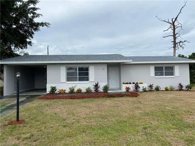 1107 Gifford Avenue N, Lehigh Acres, FL 33936 (#221075394) :: Southwest Florida R.E. Group Inc