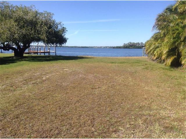 4549 E Riverside Dr, Fort Myers, FL 33905 (MLS #217006075) :: The New Home Spot, Inc.