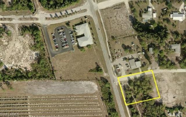 8288 Stringfellow Rd, St. James City, FL 33956 (MLS #217007746) :: The New Home Spot, Inc.