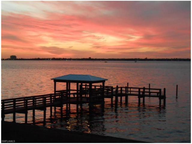 3225 E Riverside Dr #34, Fort Myers, FL 33916 (MLS #217022356) :: The New Home Spot, Inc.