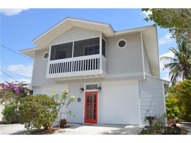 2789 Bruce St, Matlacha, FL 33993 (MLS #217027618) :: The New Home Spot, Inc.
