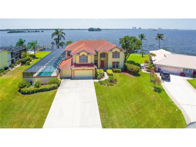 2093 Club House Rd, North Fort Myers, FL 33917 (MLS #217033086) :: The New Home Spot, Inc.