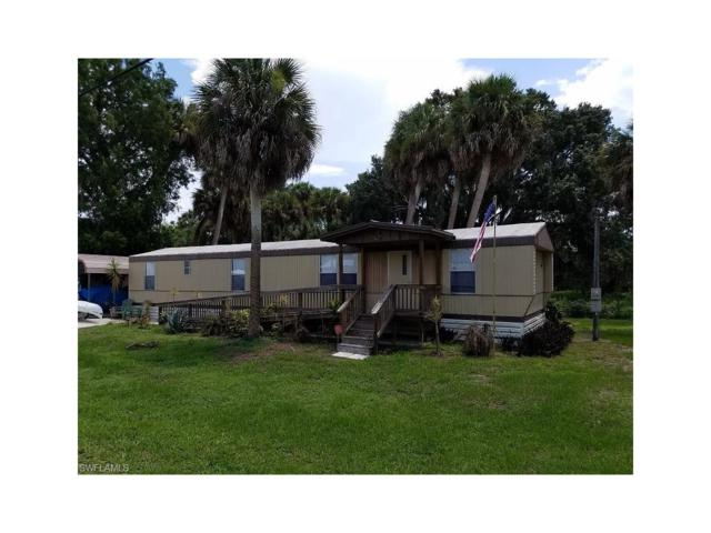 1203 Martin Blvd, Moore Haven, FL 33471 (MLS #217037796) :: The New Home Spot, Inc.