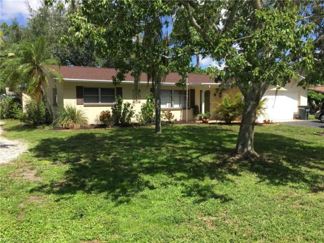 8943 Crest Ln, Fort Myers, FL 33907 (MLS #217038228) :: The New Home Spot, Inc.