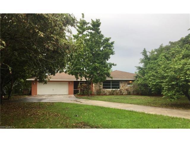 4449 E Riverside Dr, Fort Myers, FL 33905 (MLS #217040023) :: The New Home Spot, Inc.