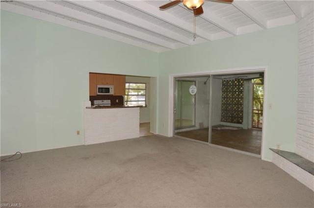 467 Madison Ct, Fort Myers Beach, FL 33931 (MLS #217057250) :: The New Home Spot, Inc.