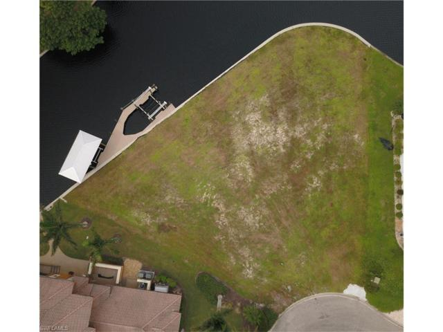 941 Wittman Dr, Fort Myers, FL 33919 (MLS #217059922) :: The New Home Spot, Inc.