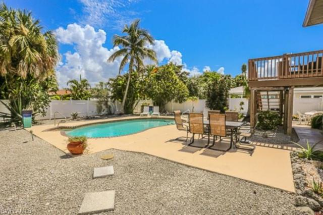 7973 Estero Blvd, Fort Myers Beach, FL 33931 (MLS #217071860) :: The New Home Spot, Inc.