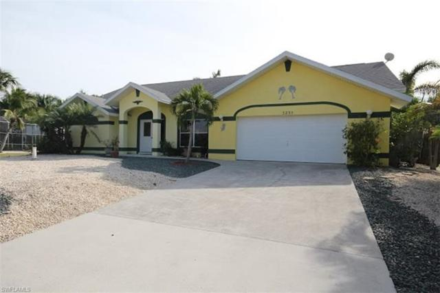 3235 Manatee Dr, St. James City, FL 33956 (MLS #217078735) :: The New Home Spot, Inc.