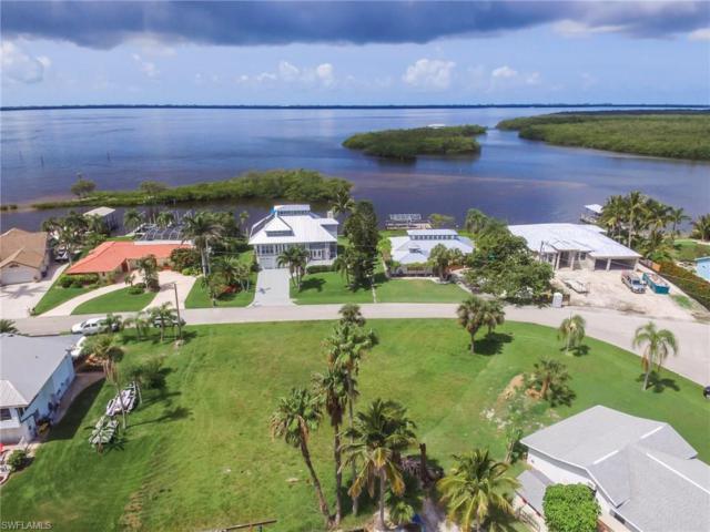 3672 San Carlos Dr, St. James City, FL 33956 (MLS #218001768) :: Clausen Properties, Inc.