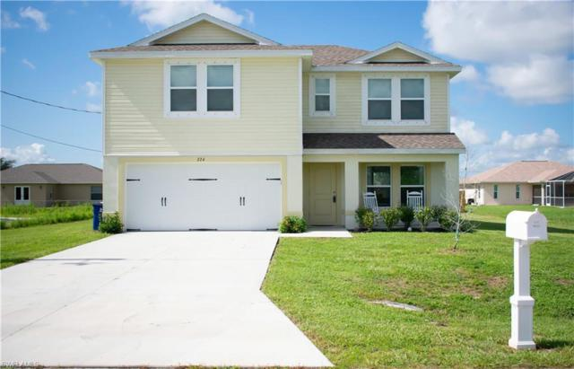 224 Mossrosse St, Fort Myers, FL 33913 (MLS #218046794) :: Clausen Properties, Inc.