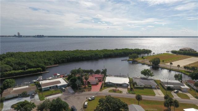 4316 Harbour Ln, North Fort Myers, FL 33903 (MLS #218072308) :: Clausen Properties, Inc.