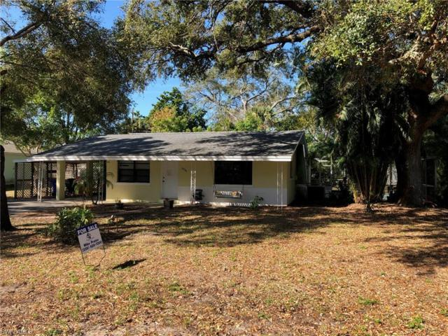 2926 Holly Rd, Fort Myers, FL 33901 (MLS #219009197) :: RE/MAX DREAM