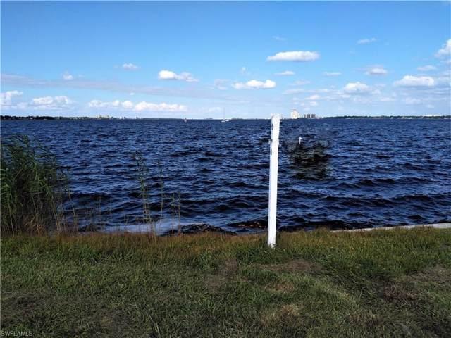 2377 Coral Point Dr, Cape Coral, FL 33990 (MLS #219016820) :: Clausen Properties, Inc.