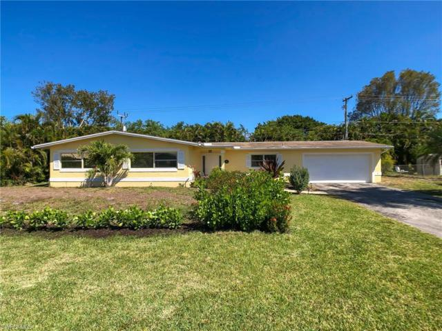 1041 N Town And River Dr, Fort Myers, FL 33919 (#219022609) :: Southwest Florida R.E. Group Inc