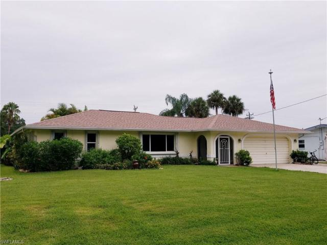 2318 Westwood Rd, North Fort Myers, FL 33917 (MLS #219030977) :: The Naples Beach And Homes Team/MVP Realty