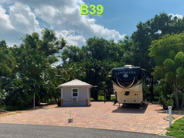 5671 Maplewood Ct, Fort Myers, FL 33905 (MLS #219033479) :: RE/MAX Radiance