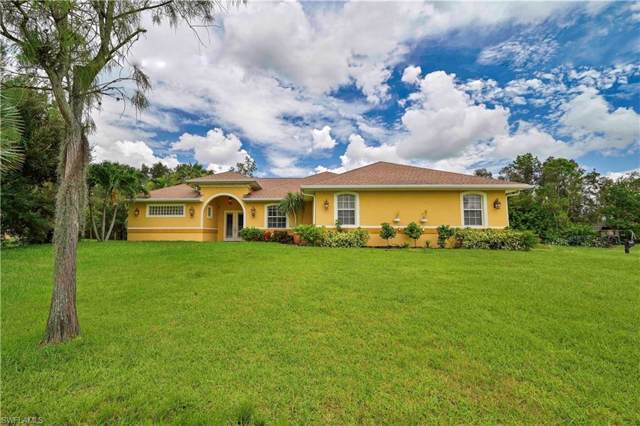 10690 Fountain Ave, Fort Myers, FL 33966 (MLS #219049999) :: Clausen Properties, Inc.