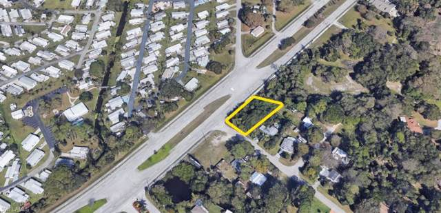 2270 Flamingo Drive, North Fort Myers, FL 33917 (MLS #219054908) :: Florida Homestar Team