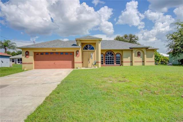 715 Fargo Dr, Fort Myers, FL 33913 (MLS #219056024) :: RE/MAX Realty Team