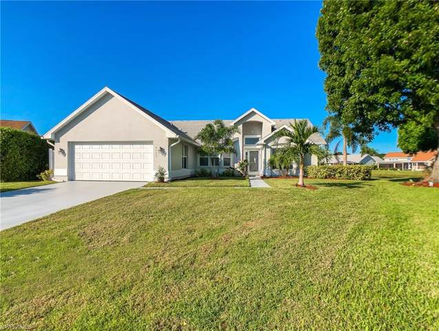 9111 Lady Bug Ct, Fort Myers, FL 33919 (MLS #219060558) :: RE/MAX Realty Team