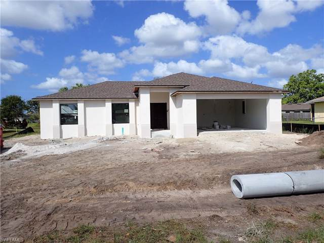 1418 SW 5th Ave, Cape Coral, FL 33991 (MLS #219060707) :: Clausen Properties, Inc.