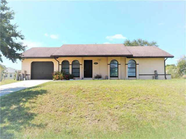 2210 SW 2nd Ct, Cape Coral, FL 33991 (MLS #219063243) :: Clausen Properties, Inc.
