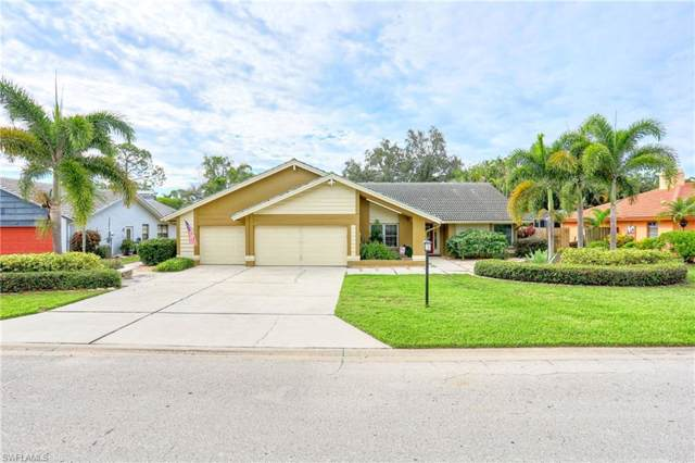 5805 Cordwood Ln, Fort Myers, FL 33919 (#219066180) :: The Dellatorè Real Estate Group