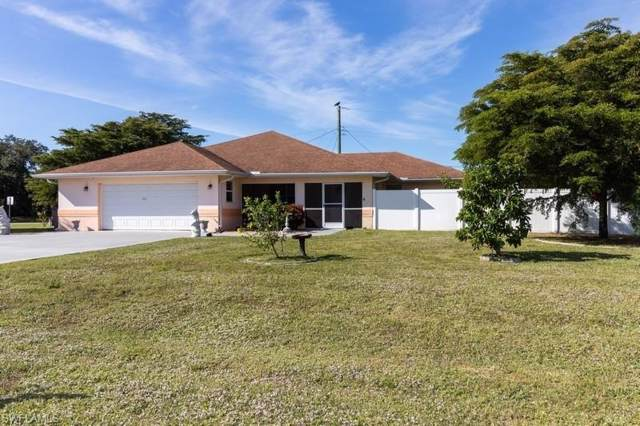135 Connecticut Ave, Fort Myers, FL 33905 (MLS #219072467) :: Clausen Properties, Inc.