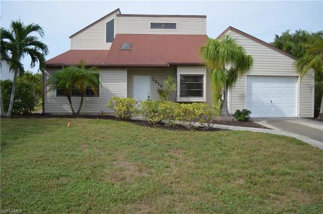 1210 SW 4th Ct, Cape Coral, FL 33991 (MLS #219075622) :: Palm Paradise Real Estate