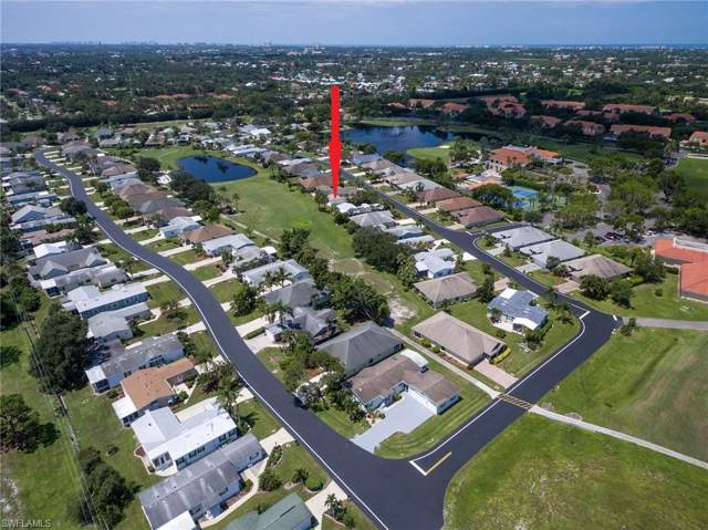 26821 Sammoset Way, Bonita Springs, FL 34135 (#219076438) :: The Dellatorè Real Estate Group