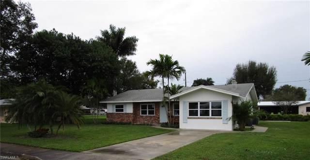 320 W Circle Dr, Clewiston, FL 33440 (#219078587) :: The Dellatorè Real Estate Group