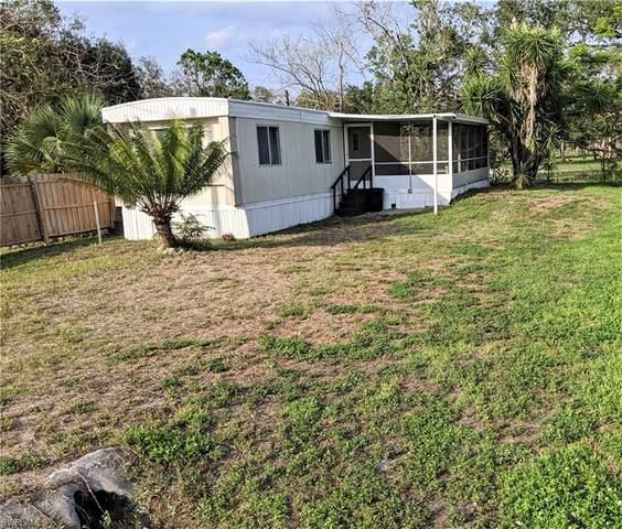 1069 Martin Boulevard, Moore Haven, FL 33471 (MLS #220001188) :: Clausen Properties, Inc.