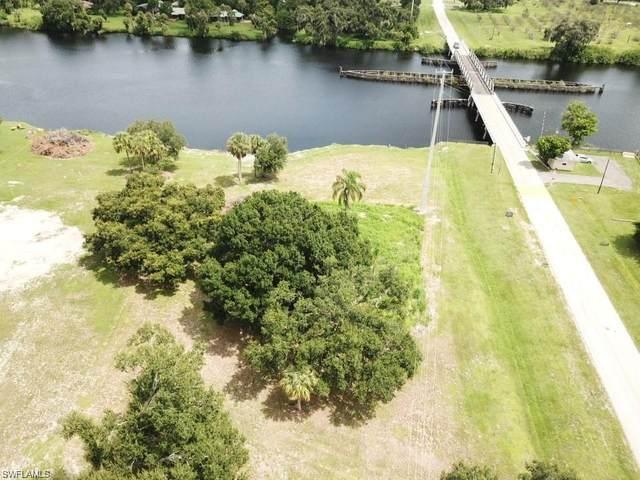 4500 Ft Denaud Rd, Labelle, FL 33935 (MLS #220002250) :: Clausen Properties, Inc.