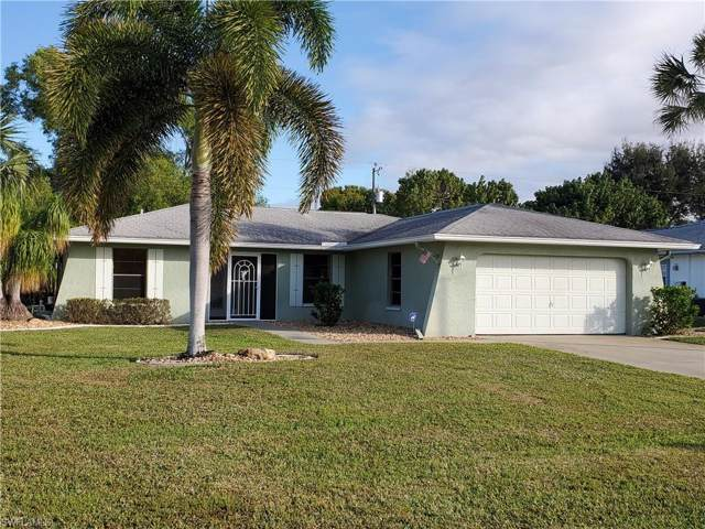 407 SE 22nd St, Cape Coral, FL 33990 (MLS #220003886) :: Clausen Properties, Inc.