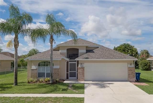 4557 Varsity Circle, Lehigh Acres, FL 33971 (MLS #220007912) :: Clausen Properties, Inc.