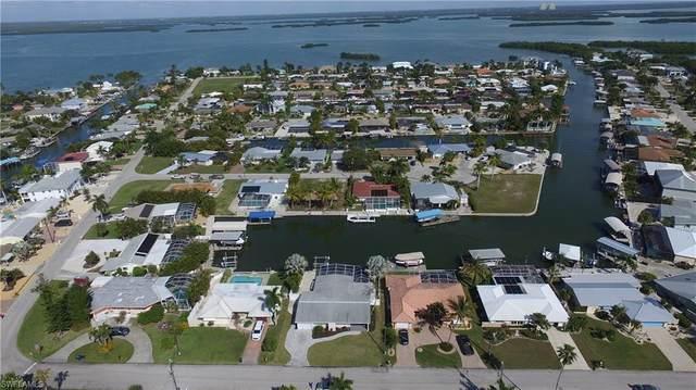 5 Fairview Blvd, Fort Myers Beach, FL 33931 (MLS #220010582) :: Clausen Properties, Inc.