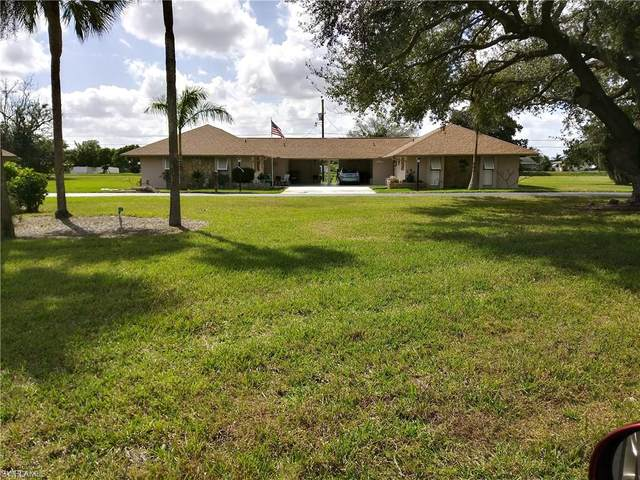 207 Oaklawn Court, Lehigh Acres, FL 33936 (MLS #220012807) :: Florida Homestar Team