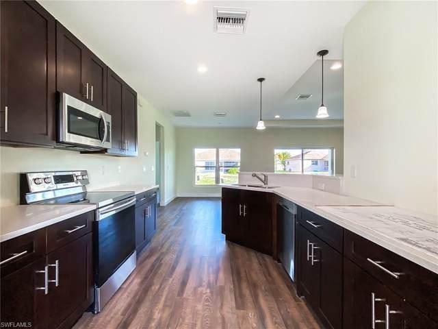1735 NW 18th St, Cape Coral, FL 33993 (#220015206) :: The Dellatorè Real Estate Group