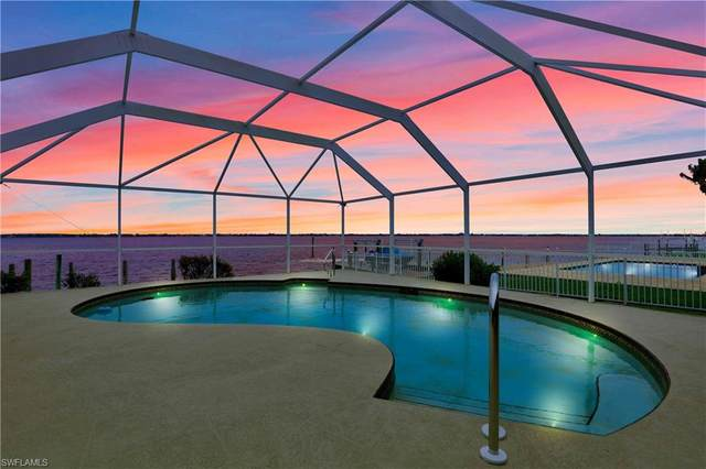 2815 SE 22nd Pl, Cape Coral, FL 33904 (MLS #220015601) :: Clausen Properties, Inc.