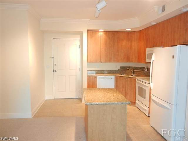 2825 Palm Beach Blvd #309, Fort Myers, FL 33916 (#220020195) :: The Dellatorè Real Estate Group
