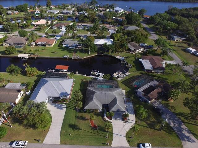 13890 Sleepy Hollow Lane, Fort Myers, FL 33905 (#220020362) :: Caine Premier Properties