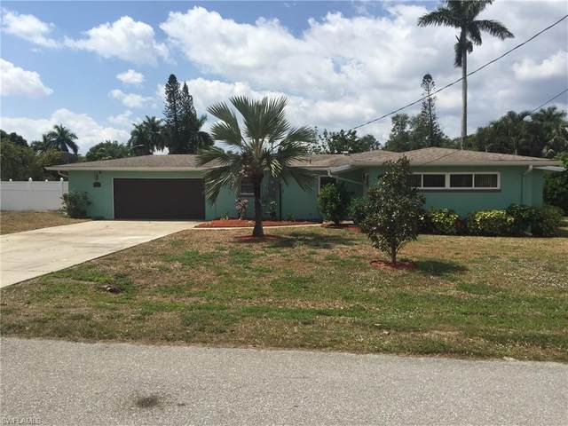 3965 Edgewood Ave, Fort Myers, FL 33916 (MLS #220022498) :: RE/MAX Realty Team