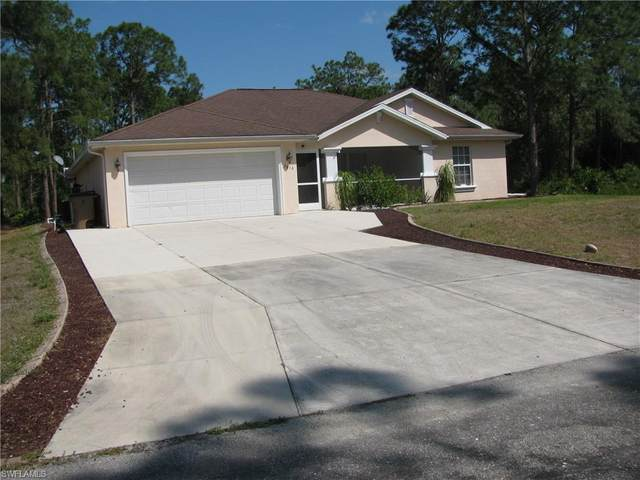 1616 Acacia Ave, Lehigh Acres, FL 33972 (MLS #220022990) :: RE/MAX Realty Team