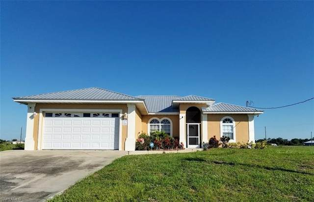 7004 W Rich Court, Labelle, FL 33935 (MLS #220023642) :: Clausen Properties, Inc.