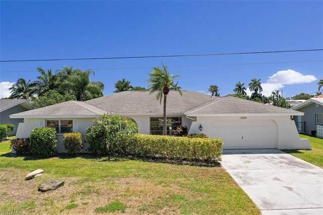 5329 Majestic Court, Cape Coral, FL 33904 (MLS #220023756) :: Clausen Properties, Inc.