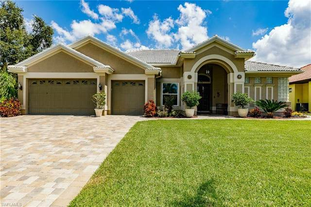 5513 Harbour Circle, Cape Coral, FL 33914 (#220029782) :: The Dellatorè Real Estate Group
